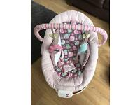 Baby chair /bouncer