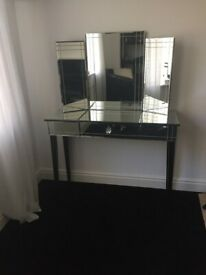 Dressing Table Mirrored