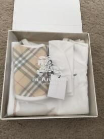 Newborn Burberry Set