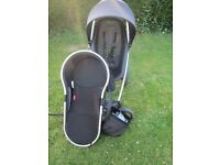 Phil & Teds Smart Buggy & Peanut or Carrycot Bundle (Black) from Smoke & Pet free home