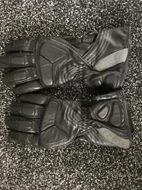 iXS Leather Motorcycle/scooter Black Gloves