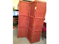 Free-standing Wicker, room screen/divider, vintage,6ft tall,