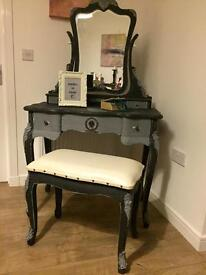 Simply unique fully refurbished French style dressing table set in chalk graphite finish