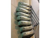 Wilson Staff Di7 Steel Irons 4-SW / MENS Right Handed Uniflex Shaft TX-105