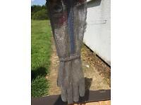 Manabo chain mail glove