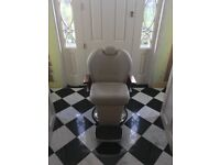 Hairdressing/ barber chair