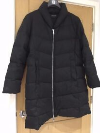 Jaeger Long Puffer Coat Size 16 Black - worn once