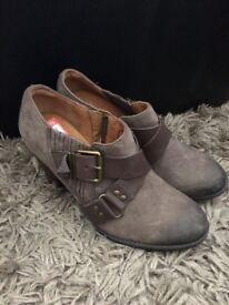 #6 Original clarks women's shoes size 4 new cheapest