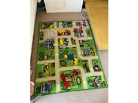Toy car play mat / rug