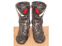 SIDI ST MOTORCYCLE BOOTS.