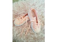 Addidas trainer infant 9.5