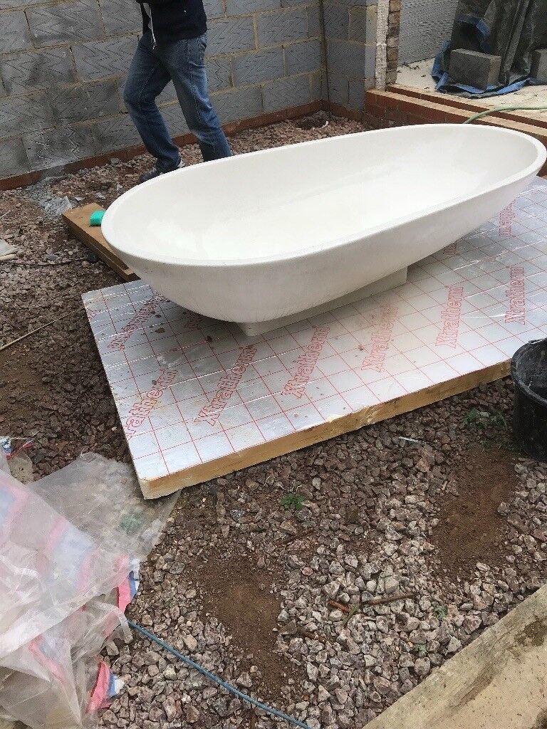 Agrape spoon composite stone bath, extremely good condition