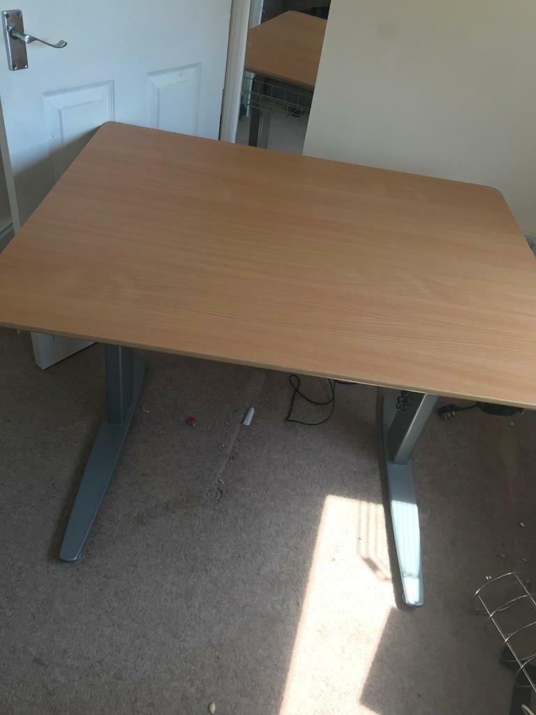 Conset stand up sit down desk