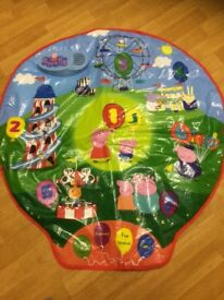 Peppa Pig Musical Play Mat 4 fun play modes teaches counting and colours etc