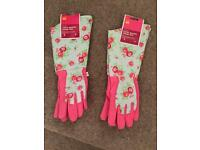 Ladies gardening gloves - vintage rose pattern design - great gift idea