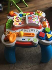 Leapfrog Musical Table English/French - Great condition