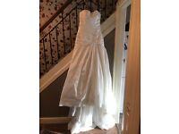 New wedding dress size 10-12