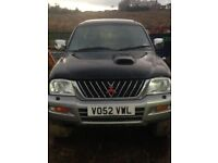 Mitsubishi l200 for spares and repairs with canopy