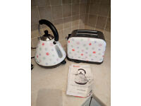 Cute Kettle and Toaster