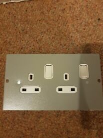 ELECTRAK X 10 double floor sockets new in box.