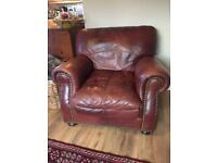 Leather armchair chesterfield style