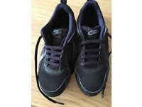Nike air trainers junior size 2 (black) new and never worn