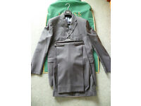 "M & S Marks and Spencer Collezione Exclusive Wool Suit (Ch 44"", W 40"", IL 33"") – WORN TWICE!"