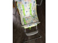 Cyane foldable high chair with easy wipe seat
