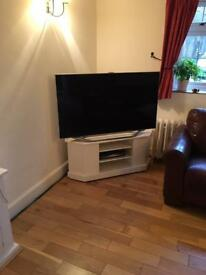 Corner TV Unit (TV not included)
