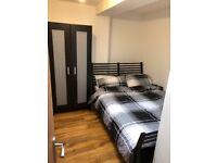 En suite furnished double bedroom in Easton