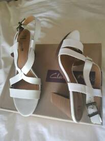 Clarks white leather sandals size 7