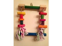 BRAND NEW Parrot/Bird Toy-Swing/Perch Style-Rope/Wood Blocks/Chain-30cm-COLLECT: Melton Mowbray-LE13