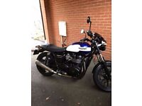 Triumph Bonneville Newchurch 2015 Sevice History, Under 4000 miles, Perfect condition