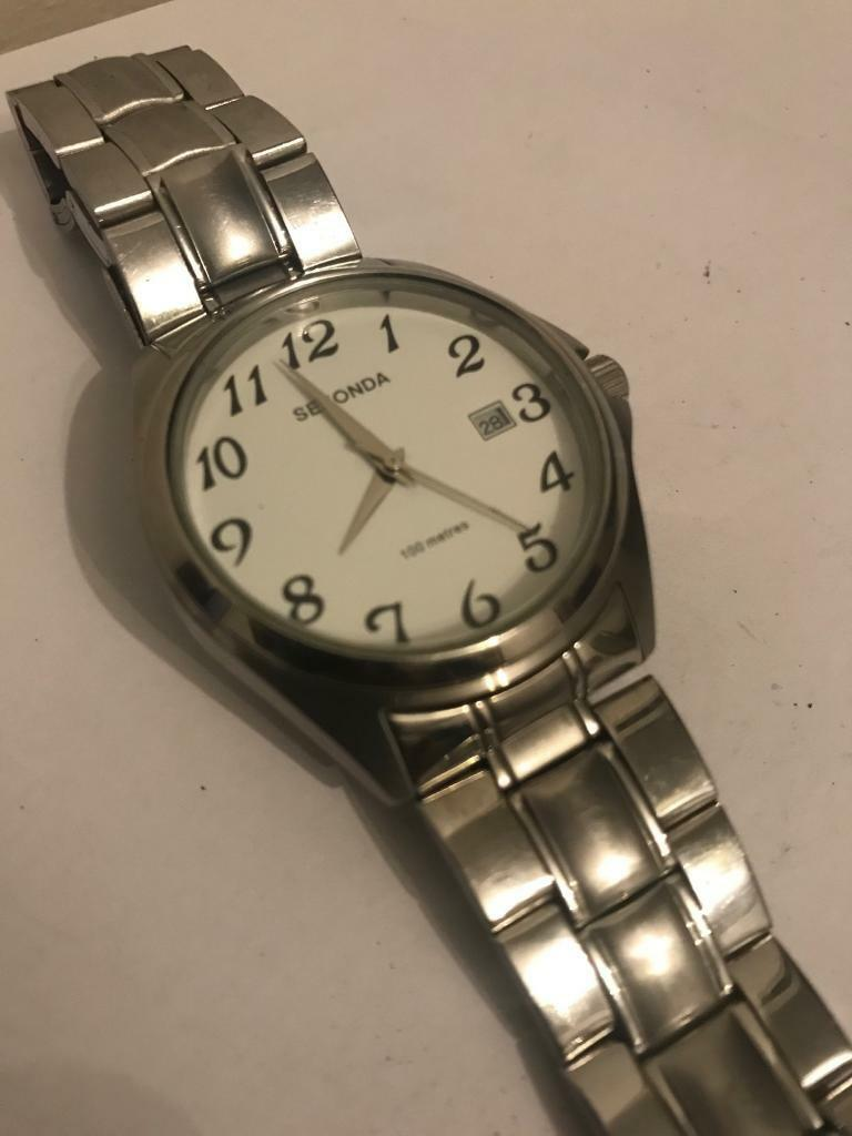 ***SEKONDA MENS WATCH*** Simple Quartz, Quality Stainless Steel, RRP £59.99