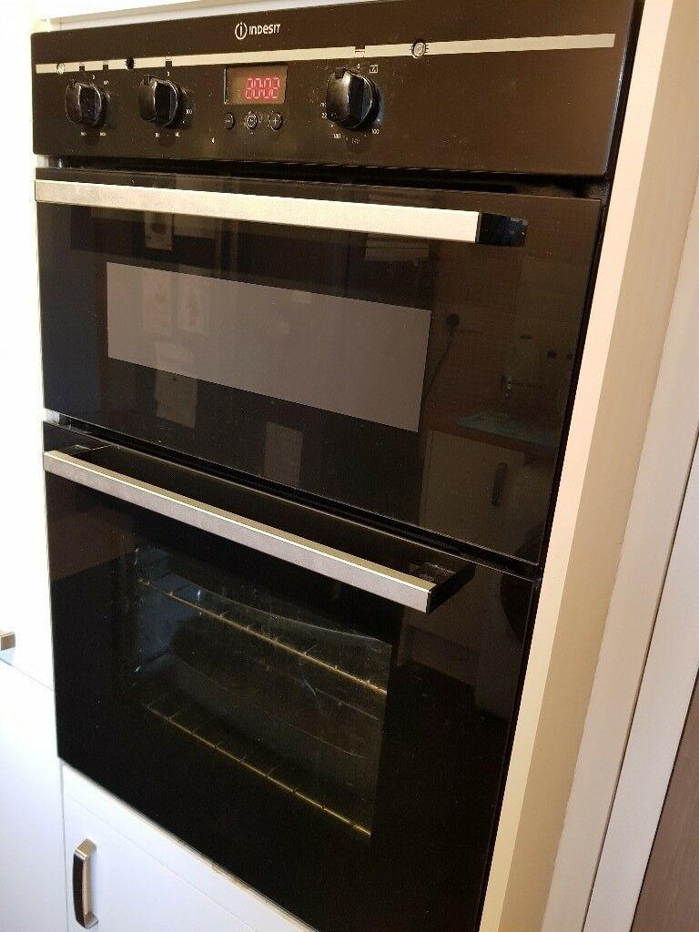 Hob, extractor & oven