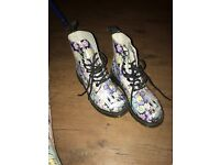 Limited addition Dr Marten Floral Boots size 5 £65ono