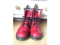 Doc Martens Red Size 6