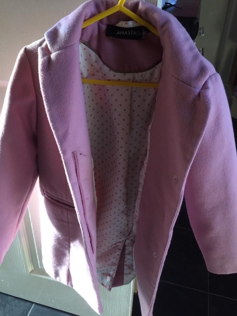 Girls pink coat size 5 to 6 years