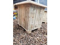 SET OF 3 HANDCRAFTED PLANTERS GO DOWN IN SIZE MADE WITH RECLAIMED WOOD