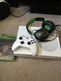 Xbox One S with games and Headset