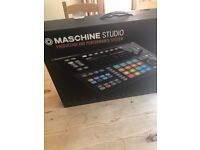 Native Instruments Maschine Studio brand new