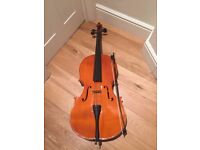 Half size cello, beautiful tone, excellent condition, graphite bow, great gift for aspiring player