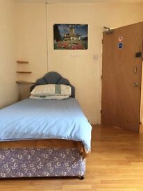 1 Room to Let! Flat Above 11 Ewenny Road