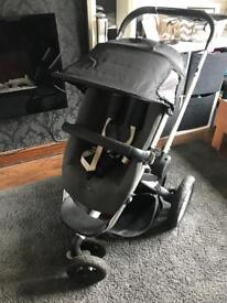 Quinny Buzz Pram and accessories