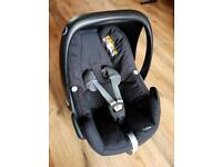 Maxi cosi peble car seat and base