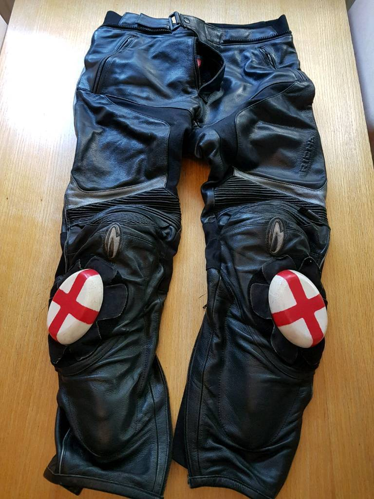 Richa men's leather motorcycle trousers  Size 34
