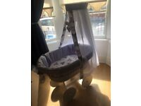 Lovely girls Moses basket, perfect condition