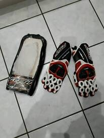RST motor cycle gloves