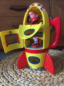 Peppa Pig rocket with figures
