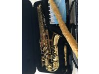 Saxaphone, Yamaha Alto, as new, used only a few times, with accessories and hard case